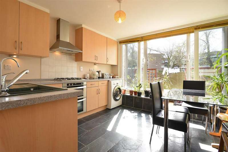 3 Bedrooms House for sale in Coburg Crescent, Streatham Hill, SW2