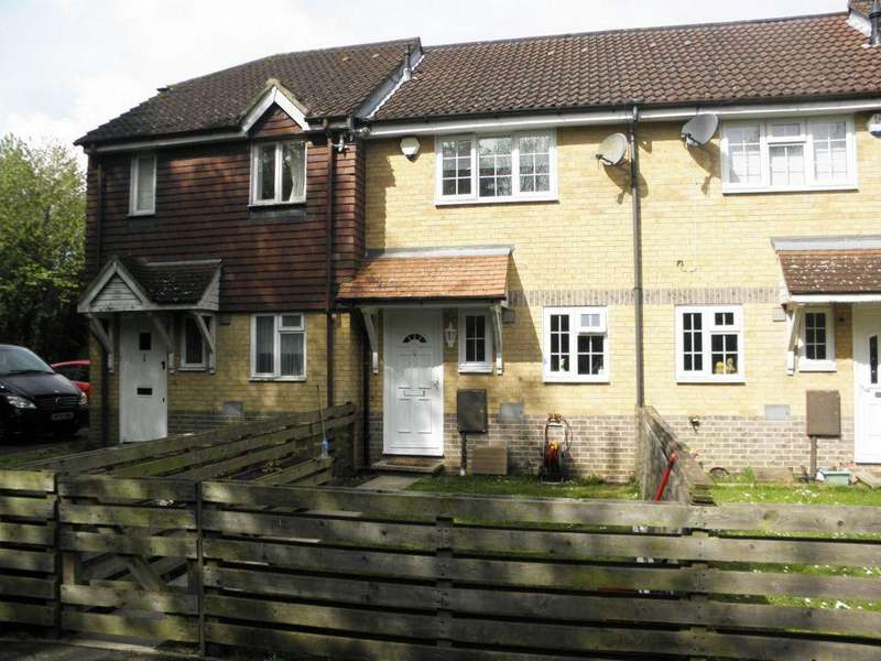 2 Bedrooms Terraced House for sale in Wildfell Close, London, ME5