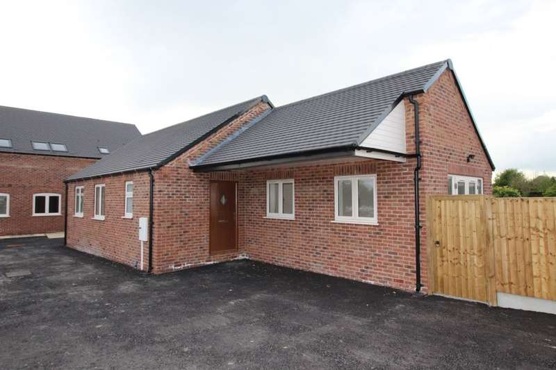 2 Bedrooms Detached Bungalow for sale in Stanton Road, Burton-On-Trent, DE15