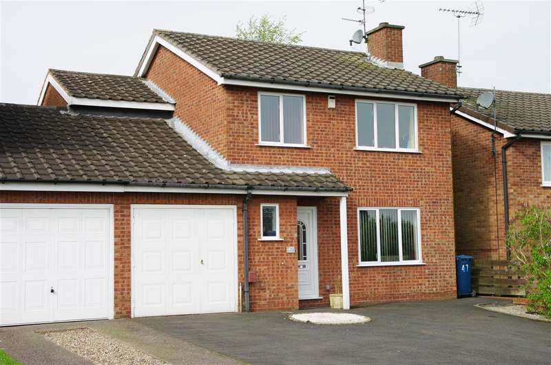 4 Bedrooms Link Detached House for sale in Longhurst Drive, Stafford