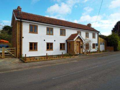 3 Bedrooms Detached House for sale in Marham, King's Lynn, Norfolk