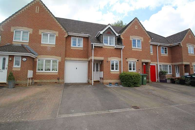 3 Bedrooms Terraced House for sale in Watersmeet, Fareham