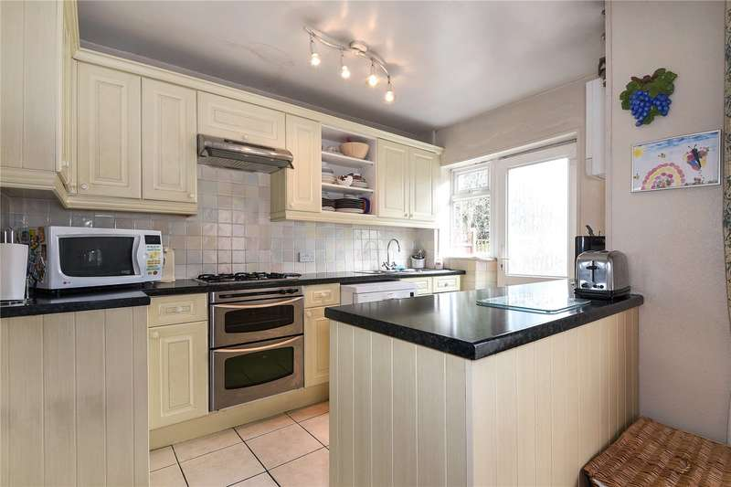 5 Bedrooms Semi Detached House for sale in Headstone Gardens, Harrow, Middlesex, HA2