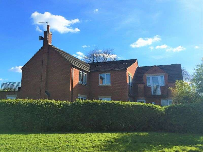 4 Bedrooms Detached House for sale in Bridge Road, Uttoxeter