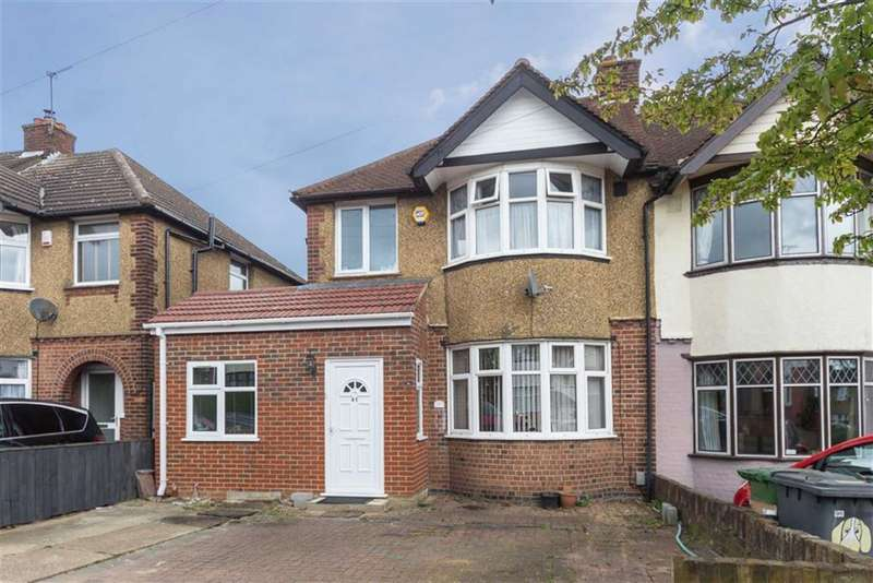 3 Bedrooms Property for sale in Somerset Avenue, Luton