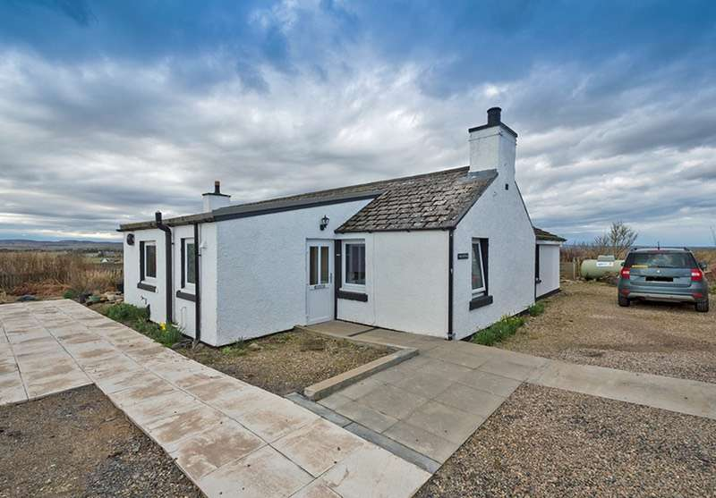 3 Bedrooms Bungalow for sale in Halkirk, Halkirk, Highland, KW12