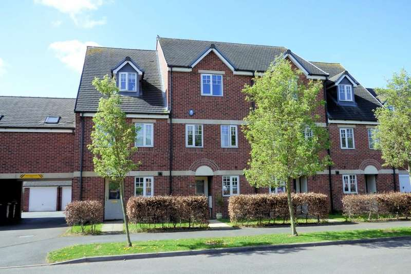 4 Bedrooms Town House for sale in Caroline Court, Burton Upon Trent