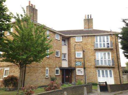 2 Bedrooms Apartment Flat for sale in Beech Hall Road, London