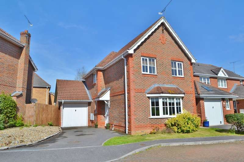 3 Bedrooms Detached House for sale in Knightwood Park