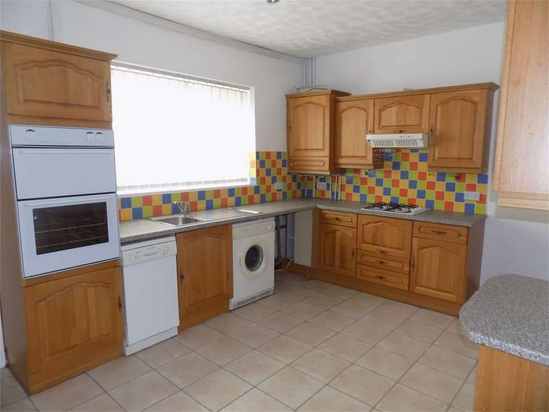 2 Bedrooms Terraced House for sale in Clarence Street, Farnworth, Bolton, Lancashire