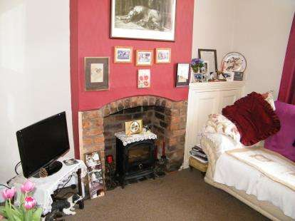 2 Bedrooms Terraced House for sale in Hungerford Avenue, Crewe, Cheshire