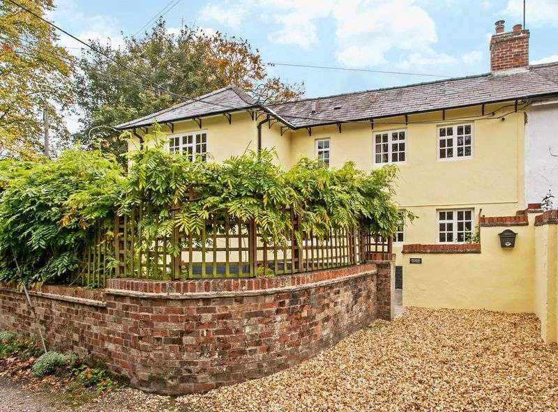 3 Bedrooms Semi Detached House for sale in Orange Lane, Over Wallop