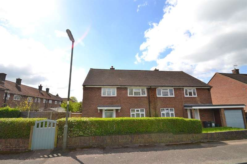 3 Bedrooms Semi Detached House for sale in Mansfield Drive, Merstham, Surrey, RH1 3JN