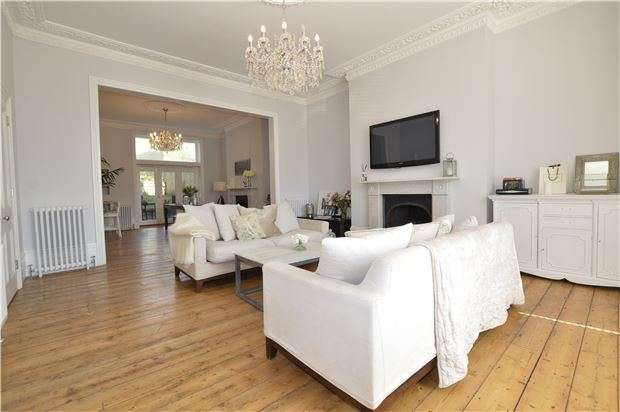 5 Bedrooms Semi Detached House for sale in The Mount, St Leonards On Sea, East Sussex, TN38 0HR