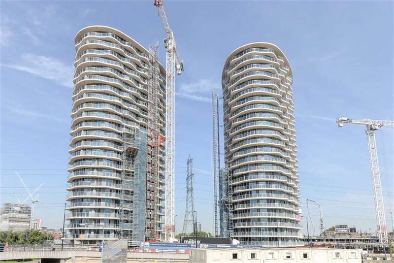 1 Bedroom Property for sale in Hoola, London, E16