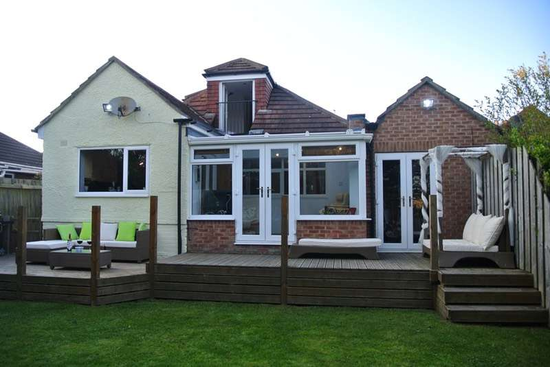4 Bedrooms Detached House for sale in Belgrave Drive, Hornsea, East Yorkshire, HU18