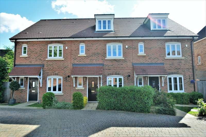 4 Bedrooms Terraced House for sale in Sunbury-On-Thames
