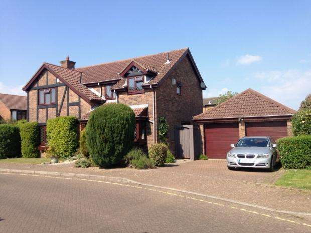 4 Bedrooms Detached House for sale in Walsingham Dene Littledown Bournemouth