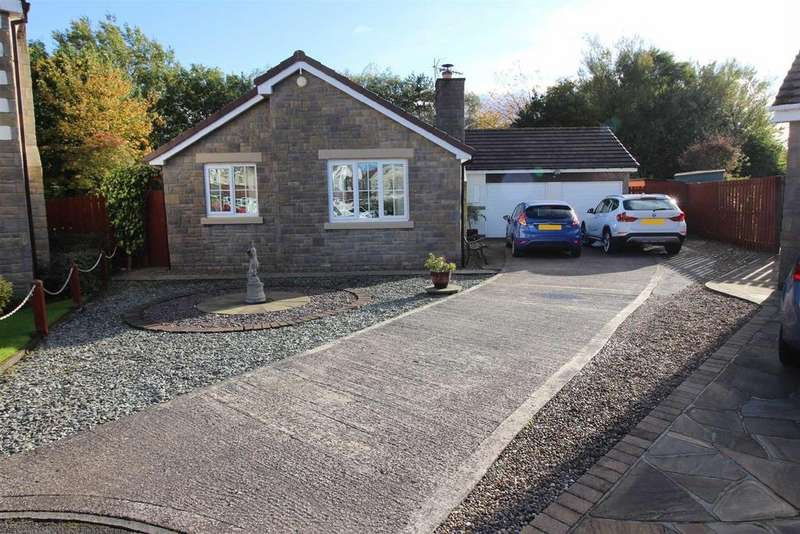 3 Bedrooms Detached Bungalow for sale in Harwood Drive, Killingworth, Newcastle Upon Tyne