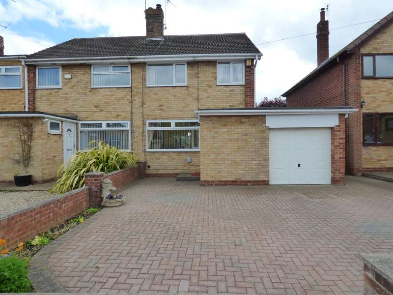 3 Bedrooms Semi Detached House for sale in Highfield Road, Beverley, HU17 9QN