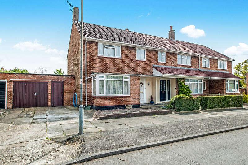 3 Bedrooms Semi Detached House for sale in Rant Meadow, Hemel Hempstead, HP3