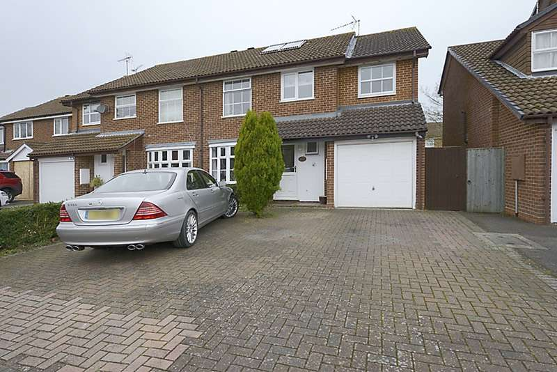 5 Bedrooms Semi Detached House for sale in Doddington Close, Reading, Berkshire, RG6