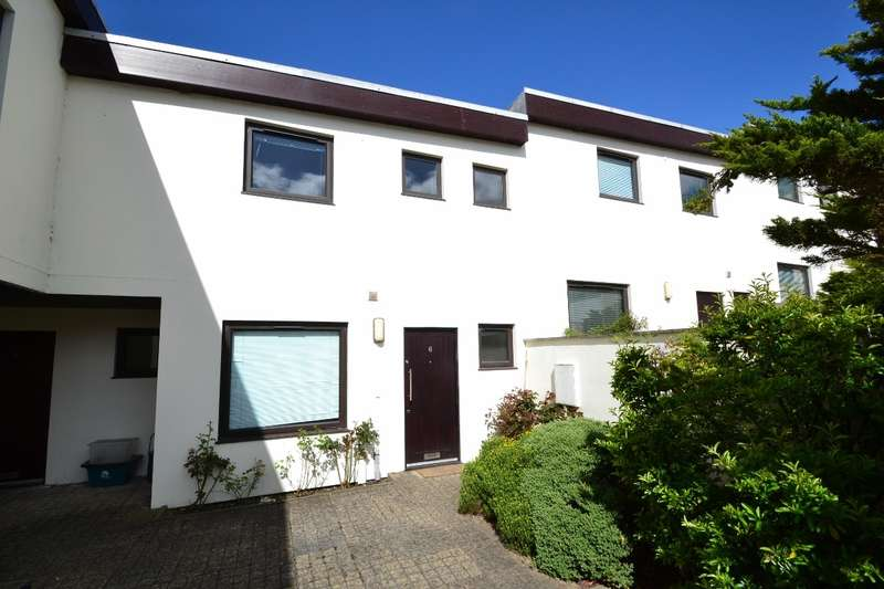 3 Bedrooms Terraced House for sale in Dorchester