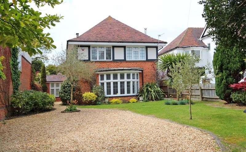 5 Bedrooms Detached House for sale in Montague Road, Portman Estate, Bournemouth