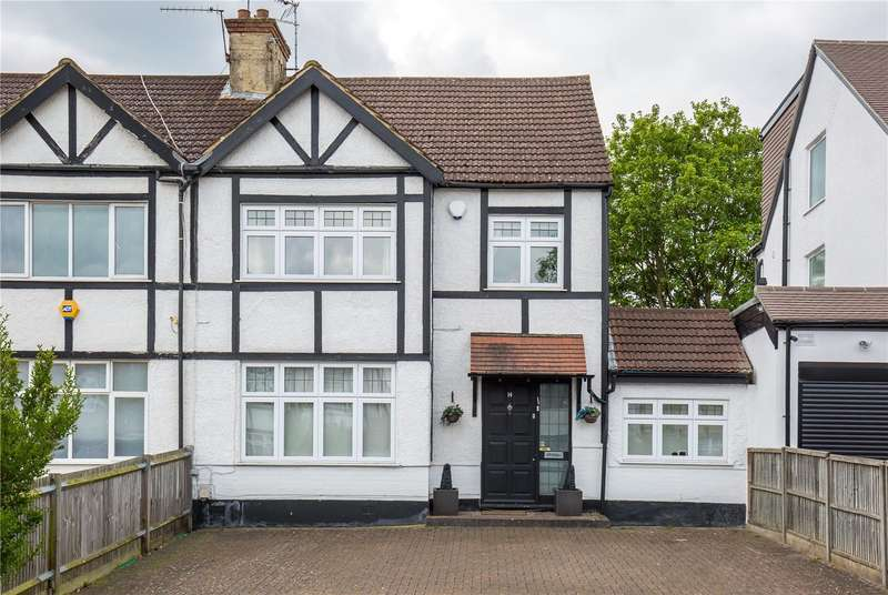 3 Bedrooms Semi Detached House for sale in Delamere Gardens, Mill Hill, London, NW7