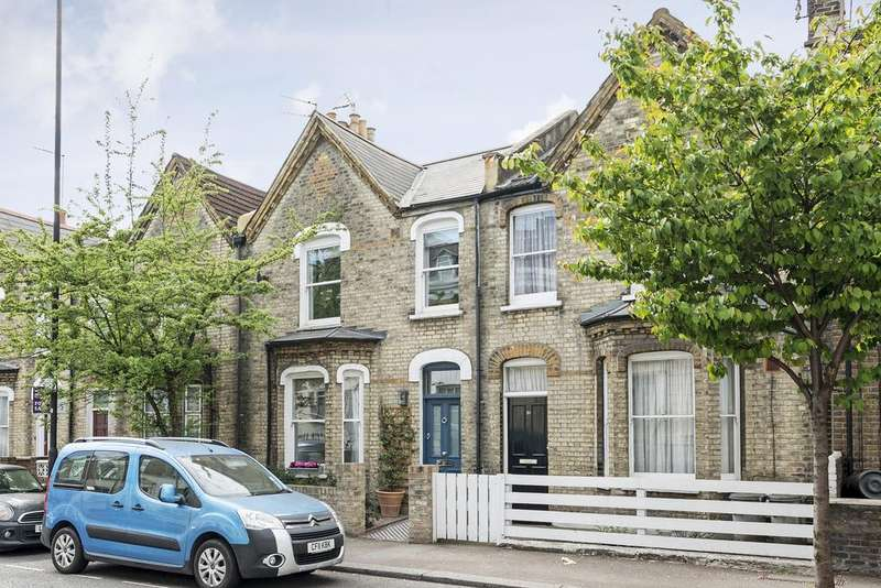 3 Bedrooms Terraced House for sale in Studland Street, W6