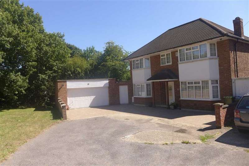 5 Bedrooms Property for sale in Vernon Drive, Stanmore, Middlesex