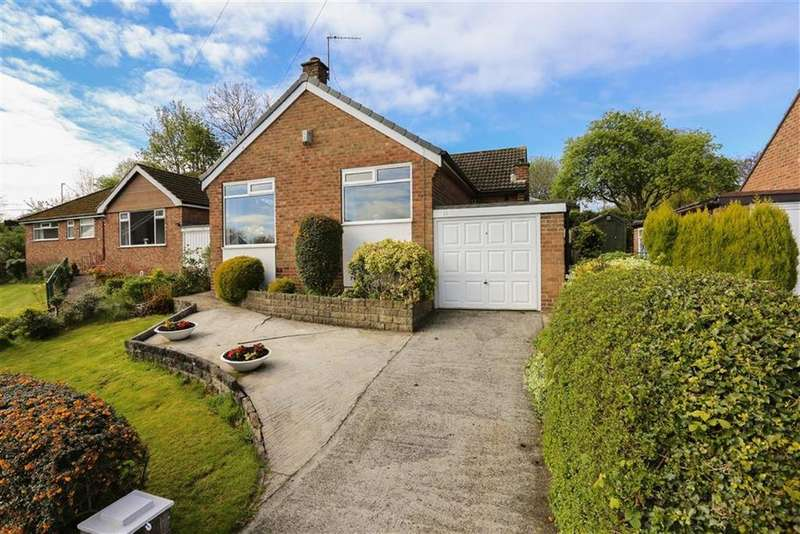 2 Bedrooms Detached Bungalow for sale in Kinder Drive, Marple, Cheshire