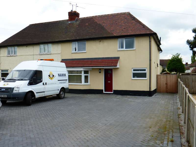 4 Bedrooms Semi Detached House for sale in Lincoln Road, Newark, NG24