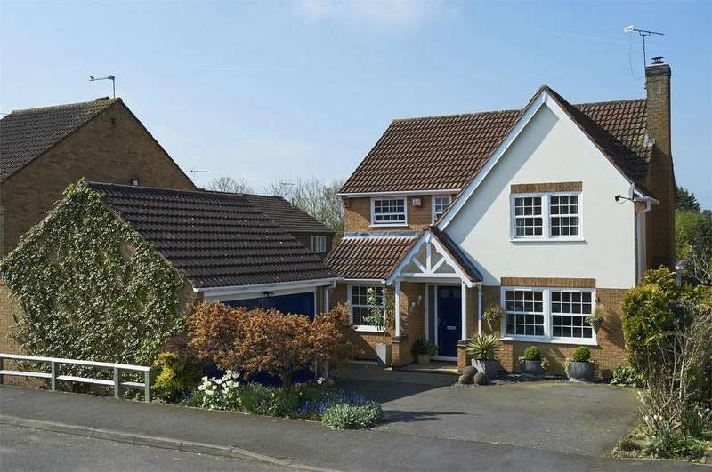 4 Bedrooms Detached House for sale in Marriott Drive, Kibworth Harcourt, Leicestershire