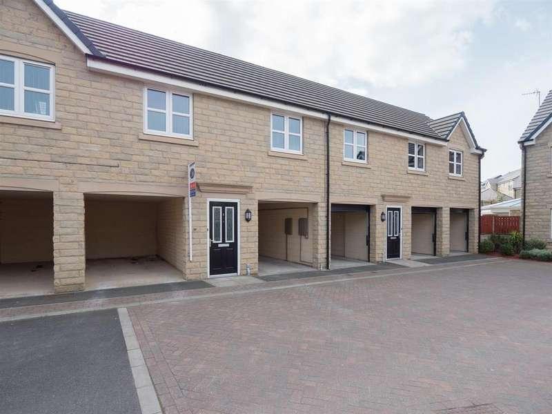 2 Bedrooms Apartment Flat for sale in Fairbairn Fold, Laisterdyke, Bradford