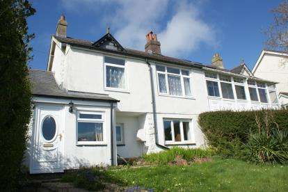 2 Bedrooms Semi Detached House for sale in Old Road, Liskeard, Cornwall