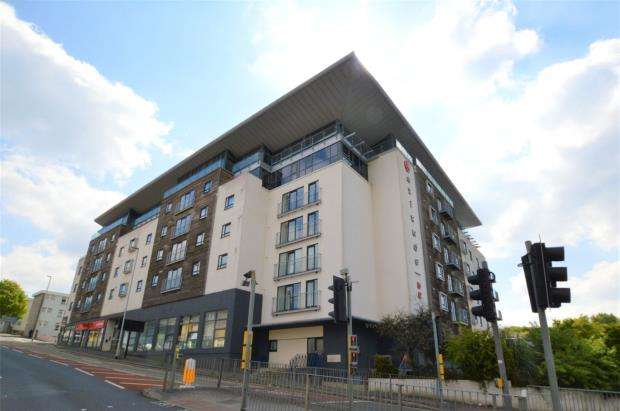 2 Bedrooms Maisonette Flat for sale in Albert Road, Plymouth, Devon