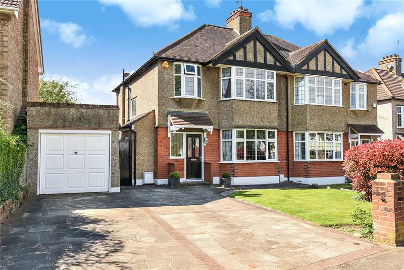 3 Bedrooms Semi Detached House for sale in Kings College Road, Ruislip, Middlesex, HA4