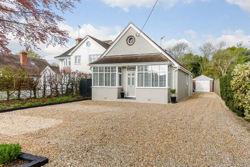 3 Bedrooms Detached House for sale in Ash Green