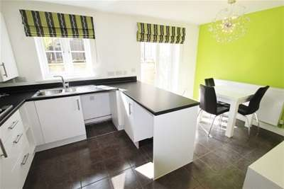 3 Bedrooms House for rent in Springfield Road, Portishead