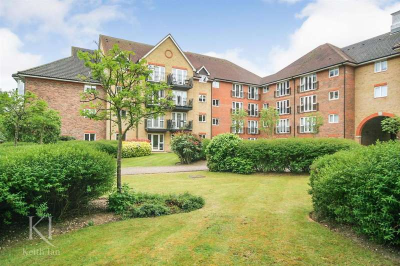 2 Bedrooms Apartment Flat for sale in Ground floor, Willow View, Crane Mead, Ware