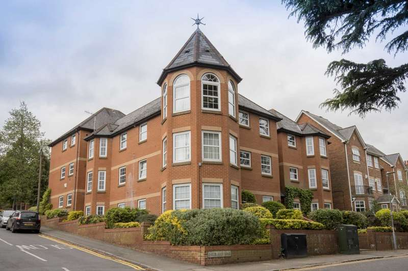 1 Bedroom Apartment Flat for sale in Shrublands Road, Berkhamsted