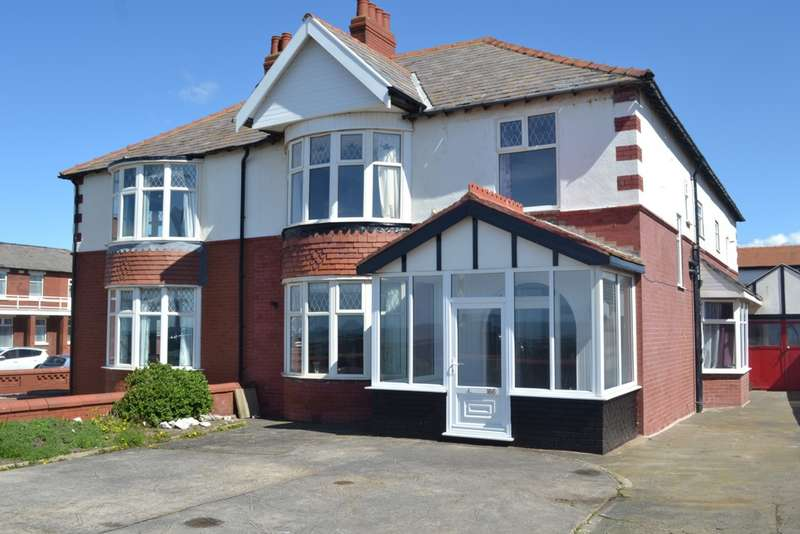6 Bedrooms Semi Detached House for sale in Queens Promenade, Blackpool, FY2