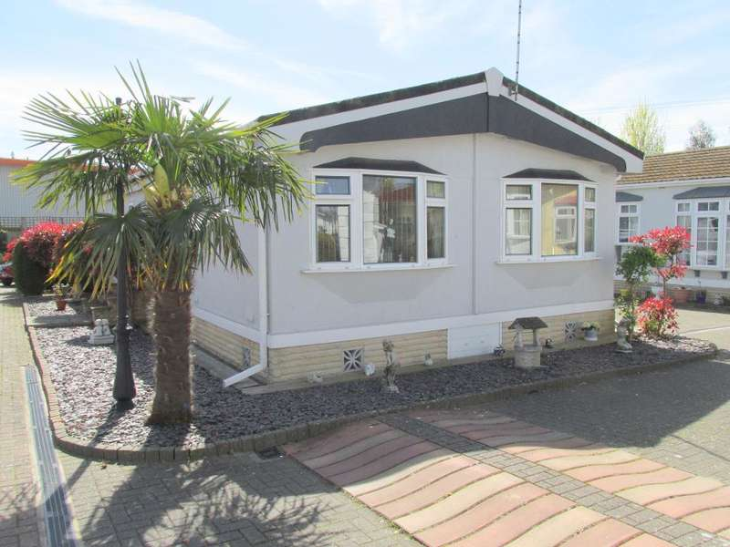 2 Bedrooms Park Home Mobile Home for sale in Poplars Park, Shripney Road, Bognor Regis, West Sussex, PO22 9SU