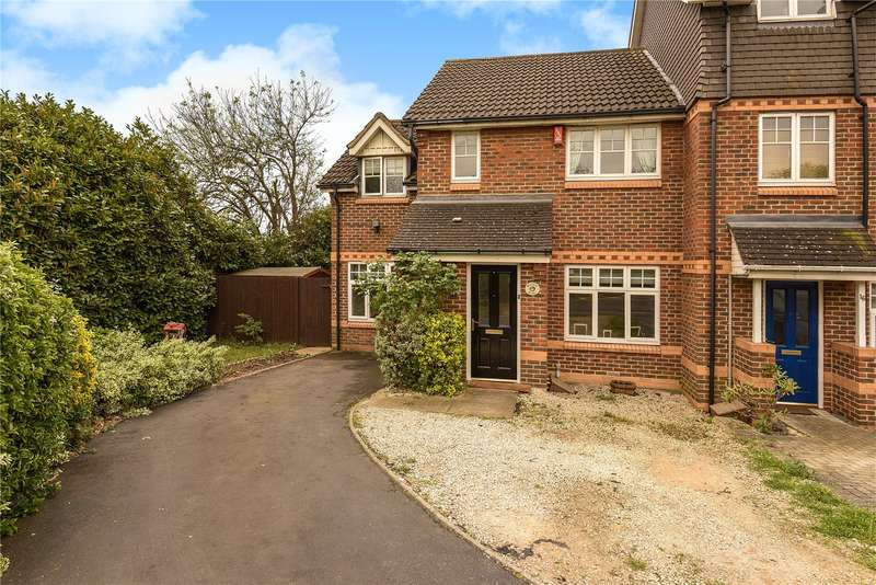 3 Bedrooms End Of Terrace House for sale in Old School Road, Hillingdon, Middlesex, UB8