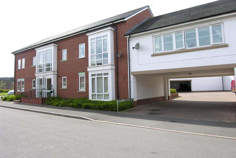 1 Bedroom Ground Flat for sale in CASTLE MILL COURT, CASTLE MILL CLOSE, WESTON ST18