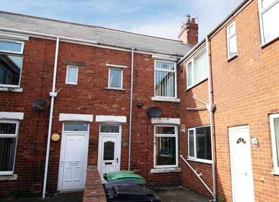2 Bedrooms Flat for sale in Victoria Terrace, Bedlington, Northumberland, NE22 5QB