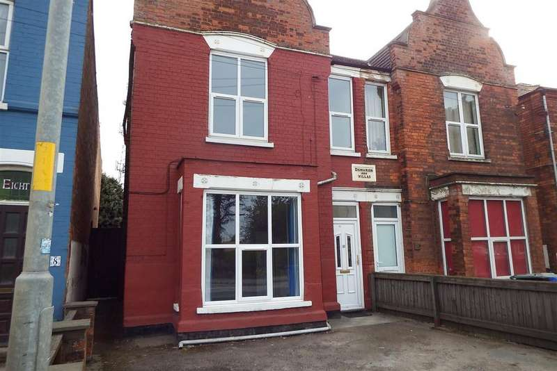 3 Bedrooms Semi Detached House for sale in Sleaford Road, Boston