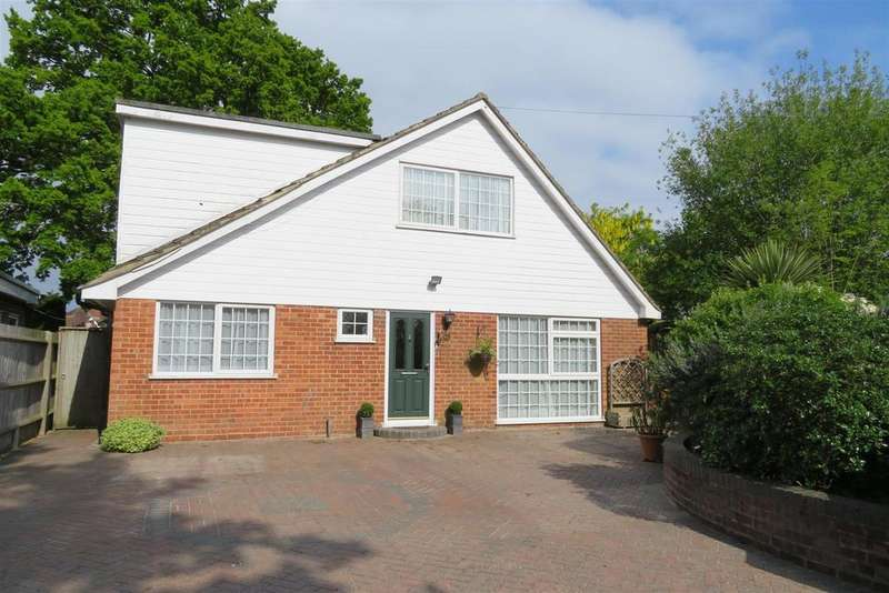 4 Bedrooms Detached House for sale in Boundary Close, Tilehurst, Reading