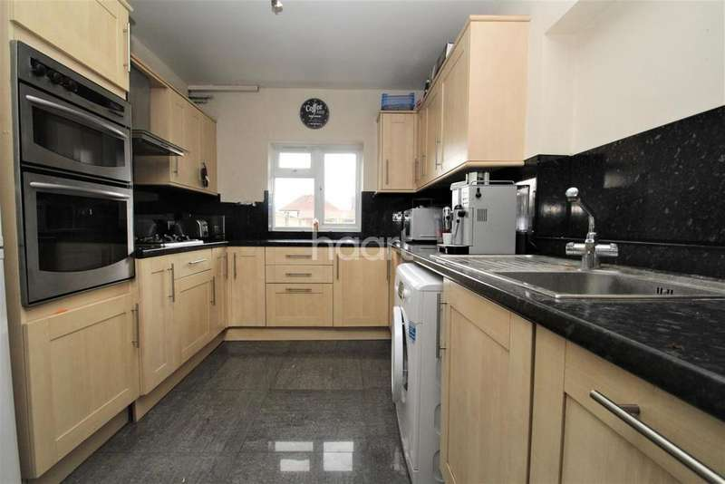 3 Bedrooms Semi Detached House for sale in Faraday Road